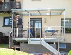 Metallbau Schweig - Stahlbalkon mit Überdachung